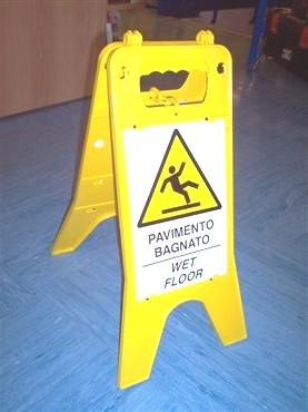 Cartelli di pericolo - Cartello pavimento bagnato ...